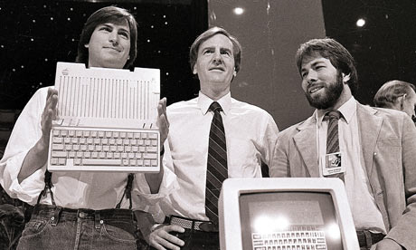 Steve Jobs, John Sculley, and Steve Wozniak at the Apple IIc introduction. Photo credit: Sal Veder/AP